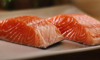 Красная рыба должна быть подготовлена