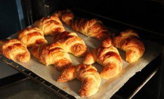 Рогалики рецепт - отправляем в духовку фото