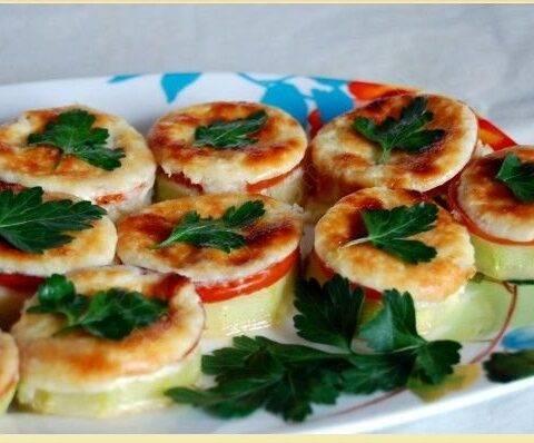 Кабачки с сыром и помидорами в духовке