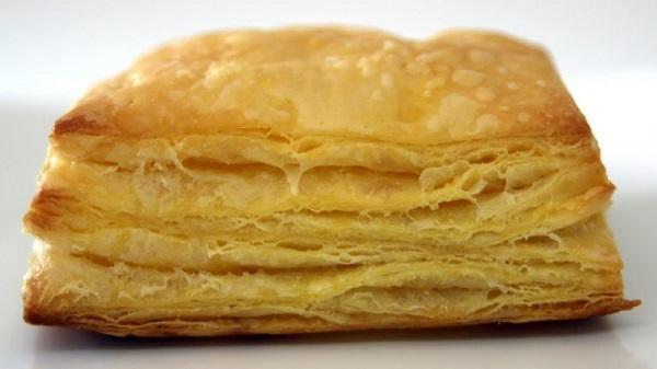 Слоеное тесто для пирожков