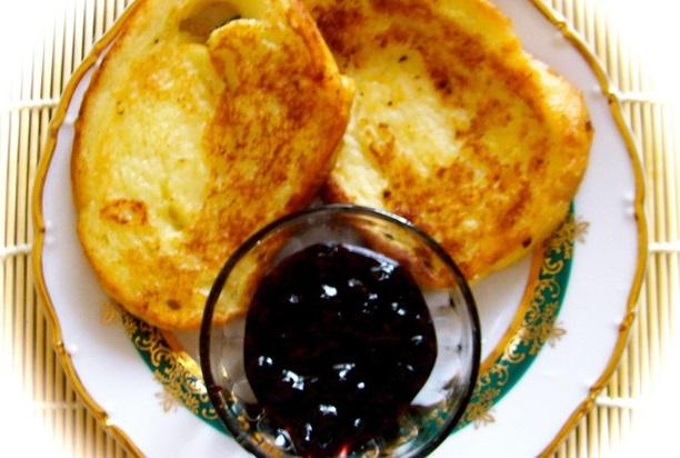 Cладкие гренки из хлеба