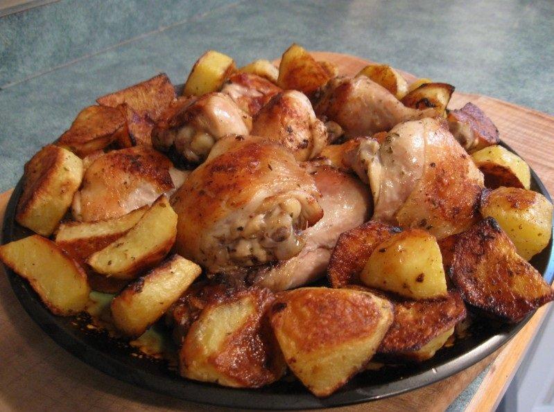 Курица в духовке с картошкой рецепт