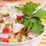 Салат из крабовых палочек рецепт очень вкусный