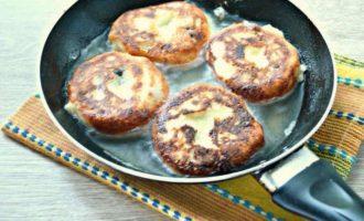 Сырники из творога - жарим на сковороде