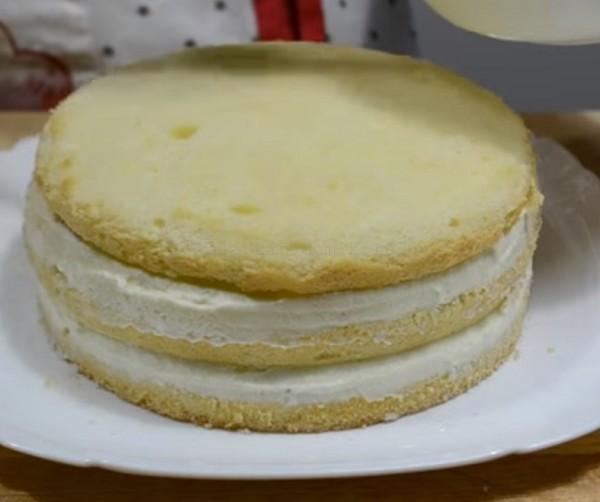 Делаем несколько слоев торта