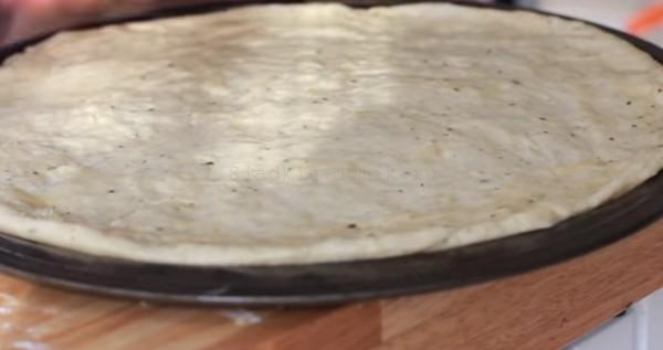 Пицца рецепт - тесто готово фото