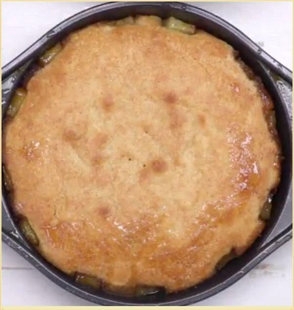 Ананасовый пирог почти готов