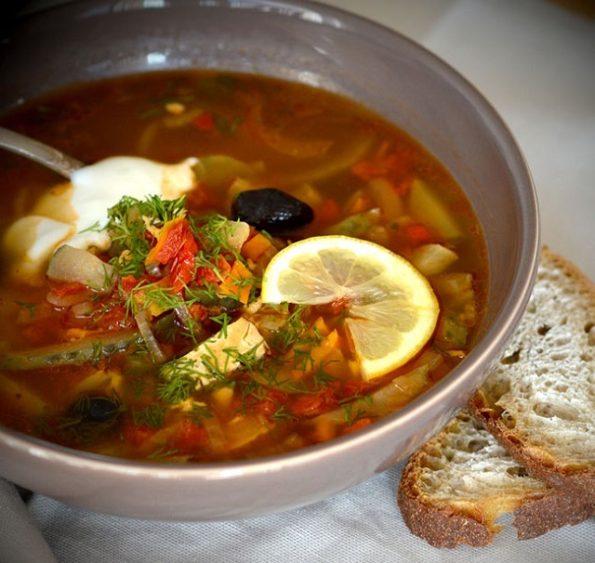 Как сварить суп солянку