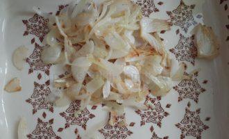 Картошка с грибами в духовке - лук фото