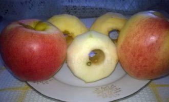 Повидло из яблок - чистим яблоки фото