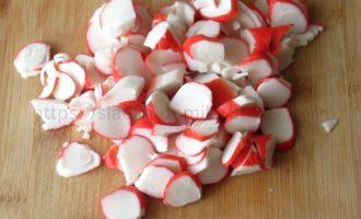 Салат красное море - крабовые палочки фото