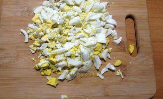 Салат Машенька рецепт- яйцо