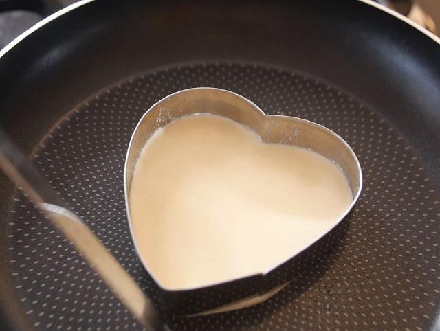 Печем блины в формочке