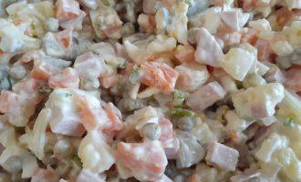 Салат оливье рецепт классический с огурцом