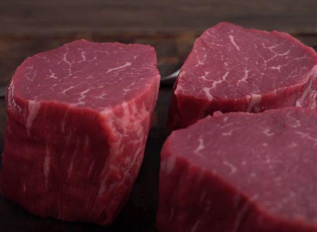 Как выбрать мясо на рынке