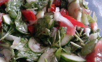 Салат перемешать