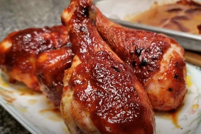 Курица гриль на томатном маринаде