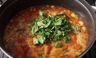 Добавить зелень в суп