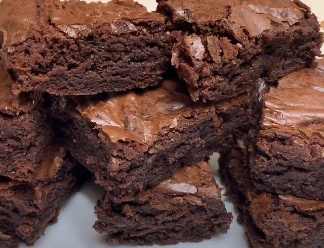 Торт-пирог брауни шоколадный