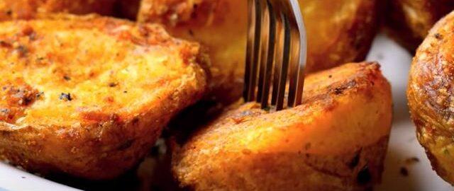 картошка в духовке запеченная дольками