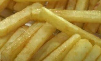 Готовим картофель фри на сковороде