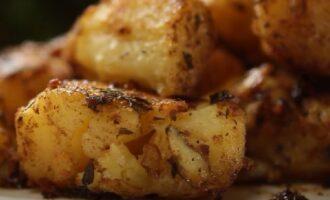 картошка в духовке на противне рецепт